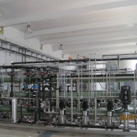 Nanofiltration system used for material recovery from industrial effluents