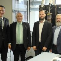 Quelle: www.alexander-schoch.de; v.l.n.r. Heiner Steinberg, Alexander Schoch, Dr. Christoph Kornmayer und Robert Körner
