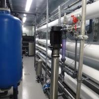 Beispiel einer Umkehrosmoseanlage in Containerbauweise